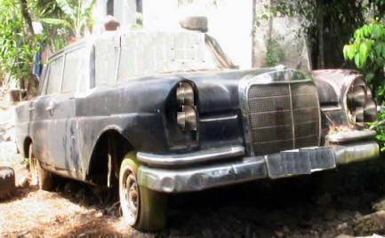 carro | Mercedez Benz antique celebrity