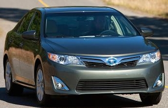 toyota camy 2015 large interirior space, big  roominess, comfort