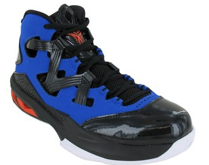 Nike Team Hustle D 6 Black Boys Basketball Shoes