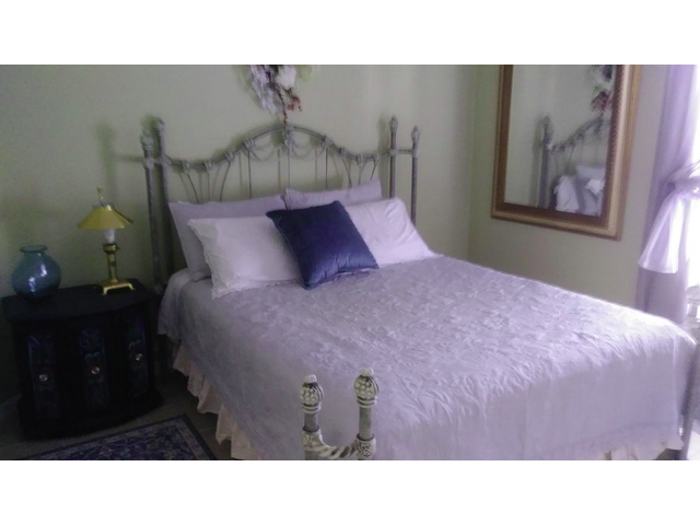 Room For Roommate Rental $600 Per Month