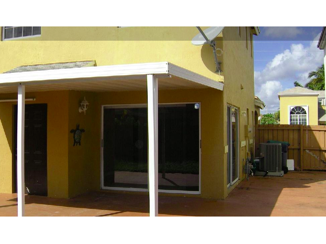 Two Deck House 3/2.5 House In Miami