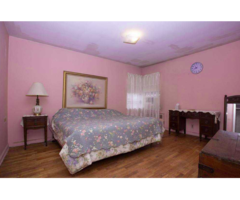 Large Home Ranch House With Solid Hardwood Flooring For Sale