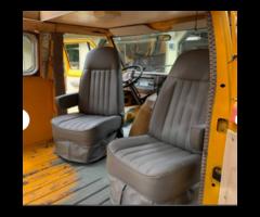 Model Vehicle 1974 Ford Econoline Van